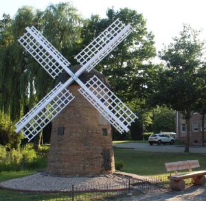 Nachbau der Windmühle